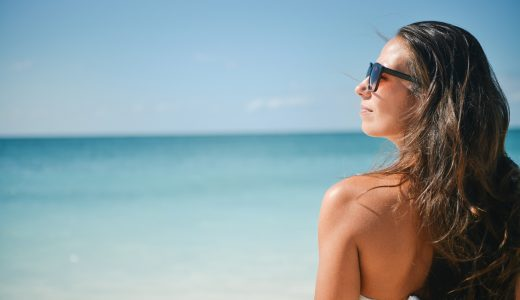 絶対に知っておきたい、沖縄ではサングラスをかけないと危険な理由